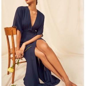 SPOT!! NWOT Reformation Winslow Maxi Dress - Navy